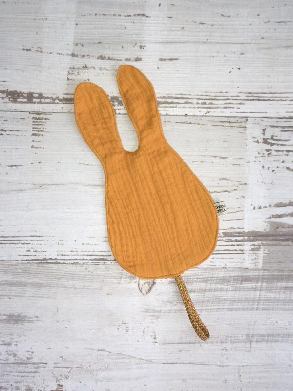 doudou attache tetine lapin moutarde